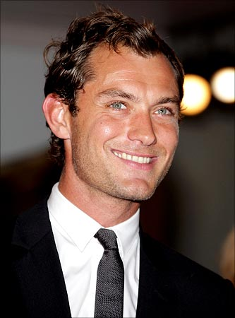 Jude Law's hairline fo...